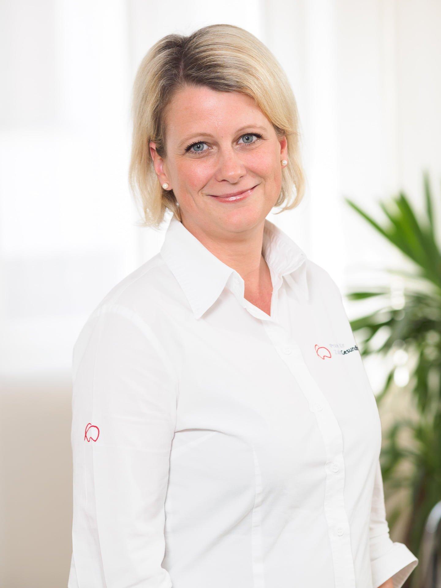 Dr. Janina Gmerek